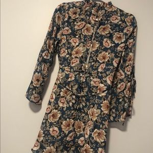 Topshop Dresses - Topshop Dress